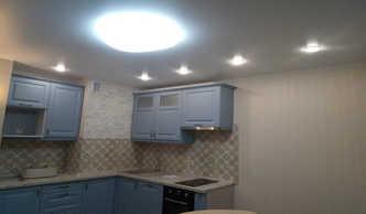 Фото белый сатиновый натяжной потолок
